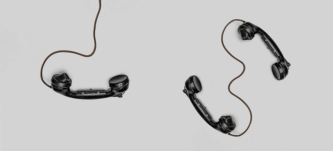 Telefonrør med ledninger